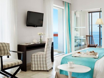 junior suite sea front and sea front with jacuzzi