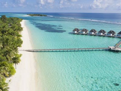 Magnificent Maldives: A Stay at Kanuhura