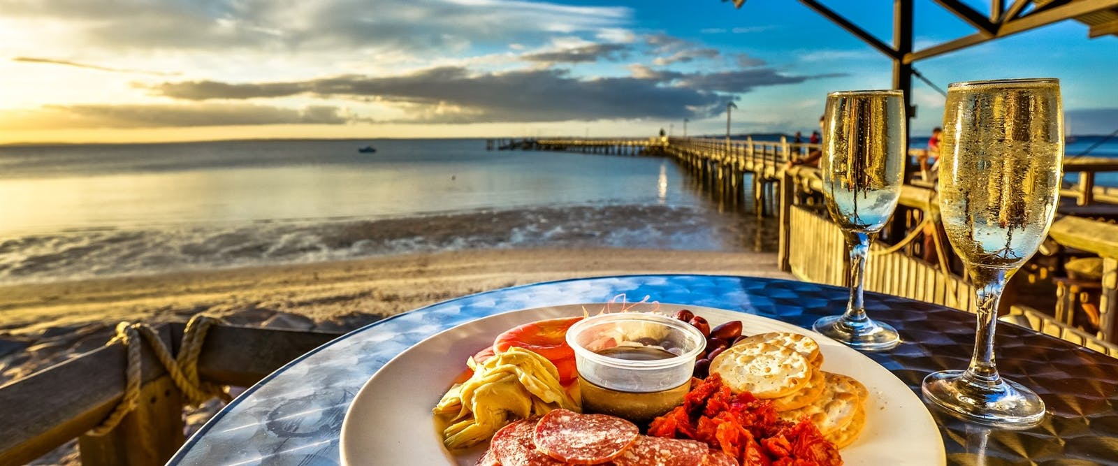 Seaside dining, Kingfisher Bay Resort, Fraser Island