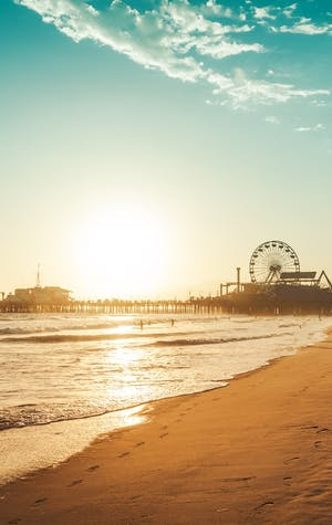 Luxury Holidays to Santa Monica tile