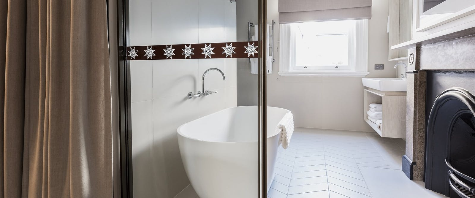 Luxe king room bathroom at Spicers Potts Point