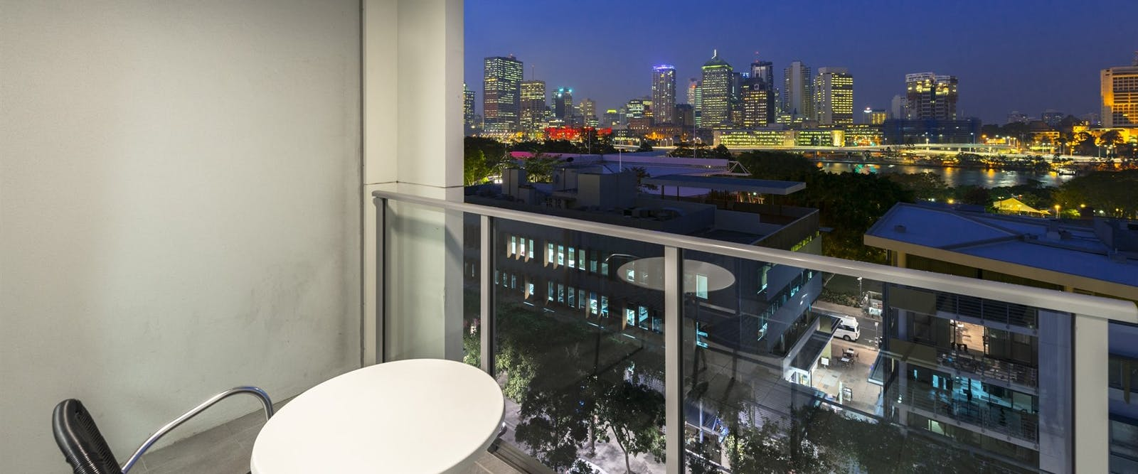 one bedroom city view at Mantra Southbank Brisbane