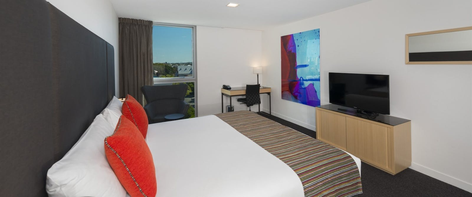 hotel room at Mantra Southbank Brisbane