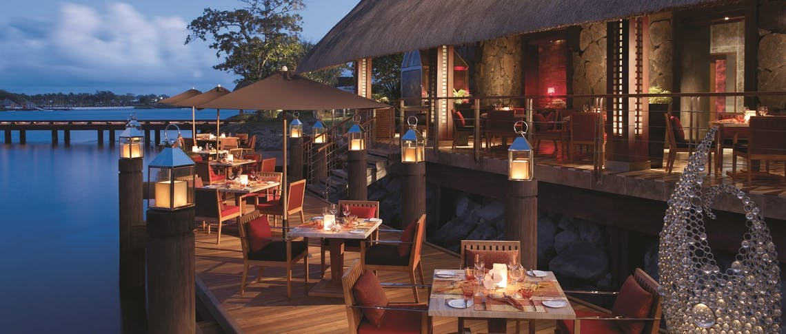 Dining at Four Seasons Resort Mauritius at Anahita