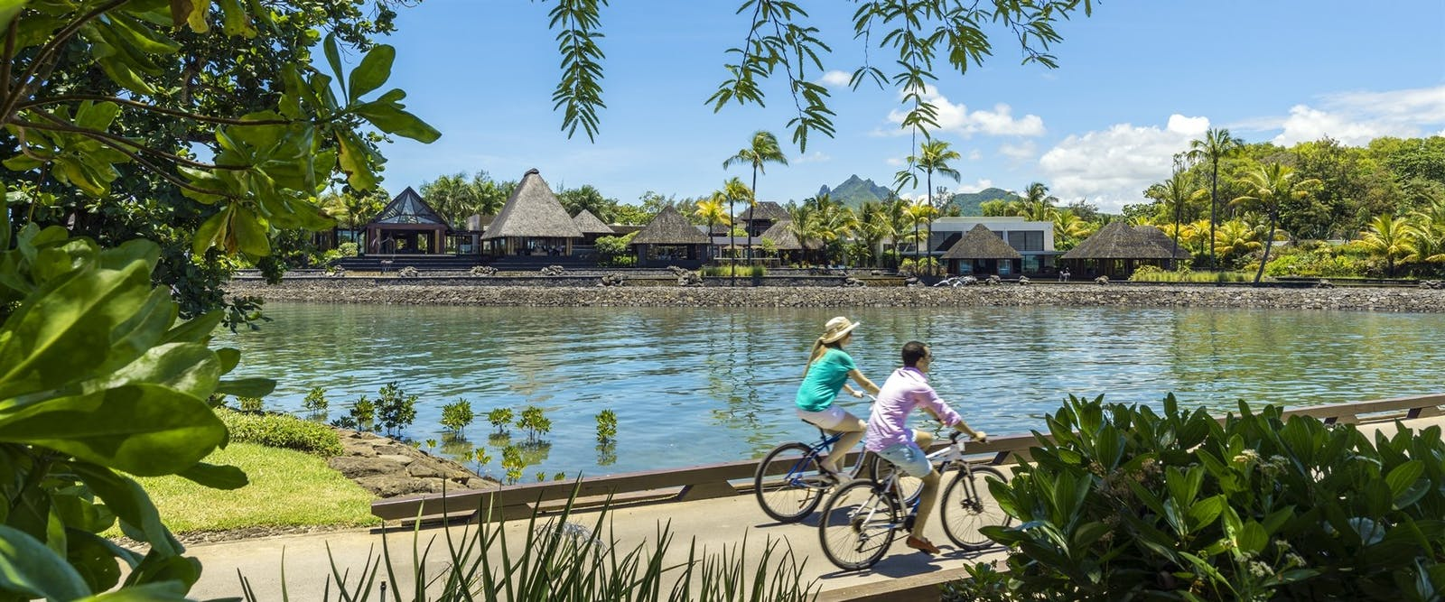 Cycle around Four Seasons Resort Mauritius at Anahita