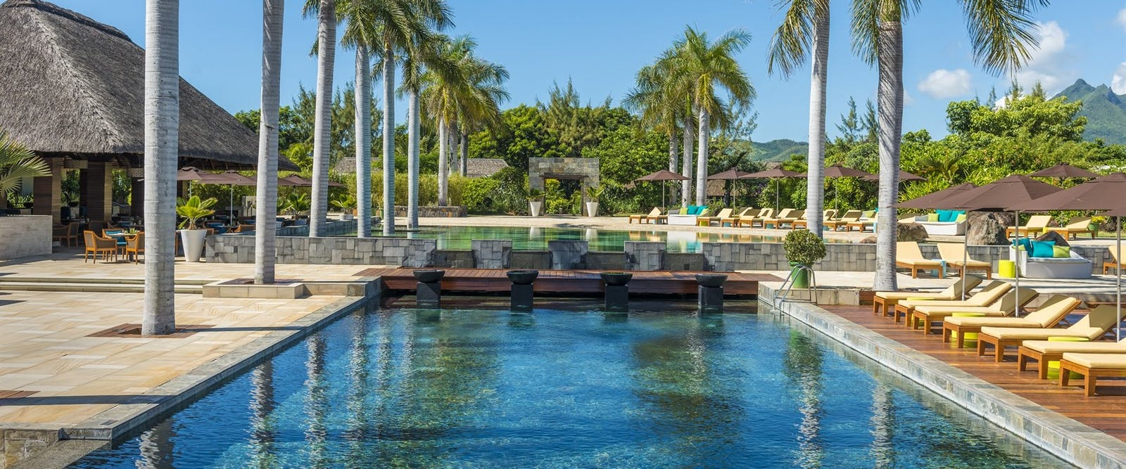 Swimming pool at Four Seasons Resort Mauritius at Anahita