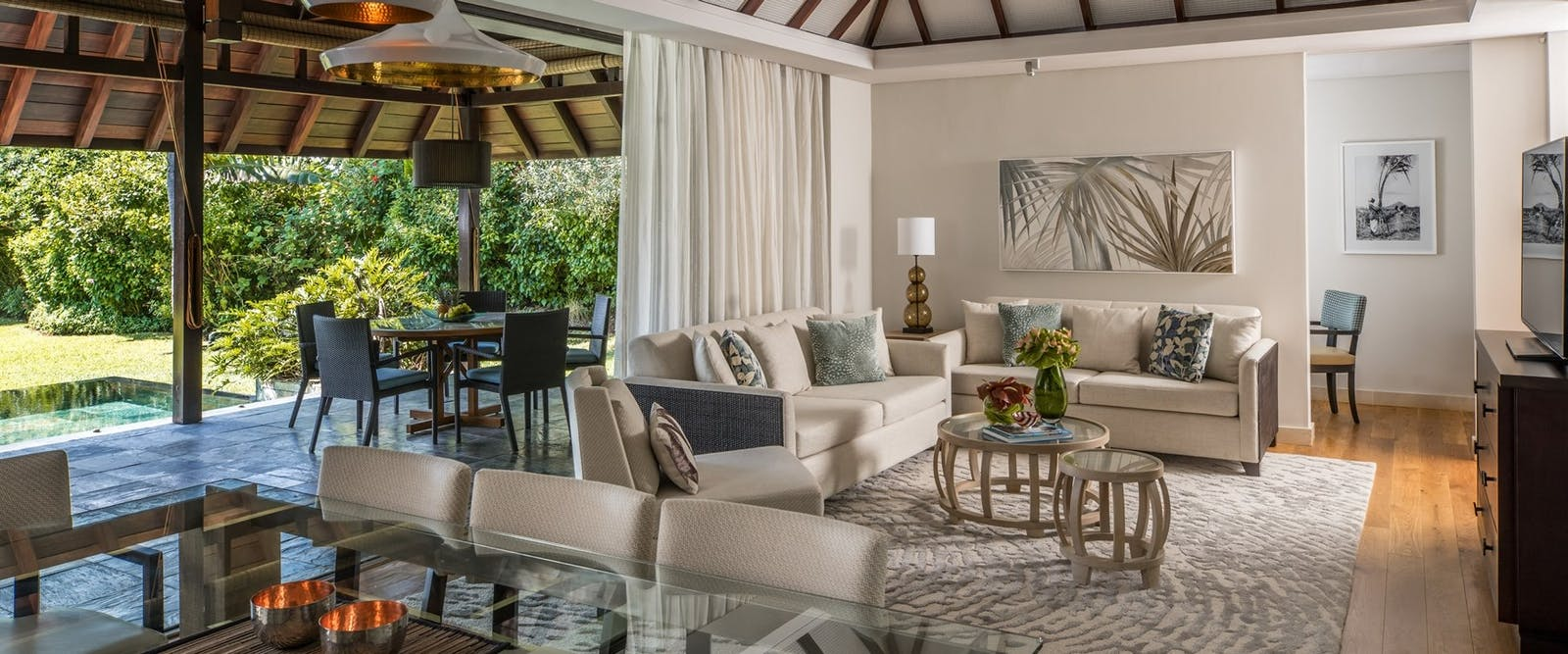 Living area at Four Seasons Resort Mauritius at Anahita