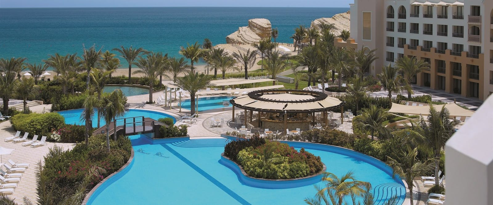 Swimming pool at Shangri La Barr Al Jissah Resort & Spa, Oman - Al Waha