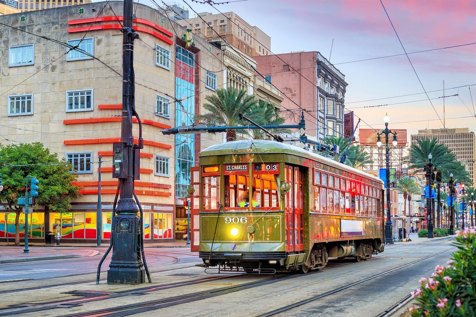 streetcar in new orleans louisiana