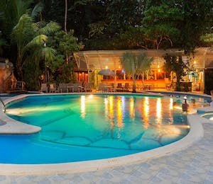 swimming pool, Evergreen Lodge