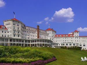 Exterior of Omni Mount Washington Resort