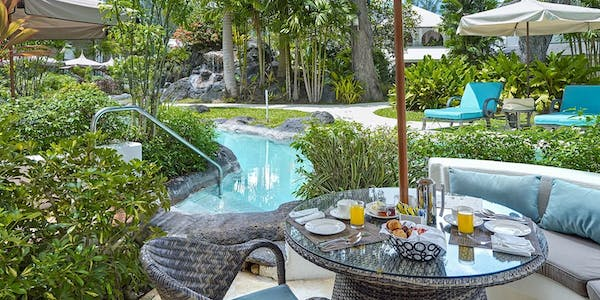 luxury poolside rooms