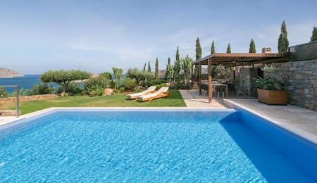 the royal blue villa 3 bedroom sea view with private heated pool