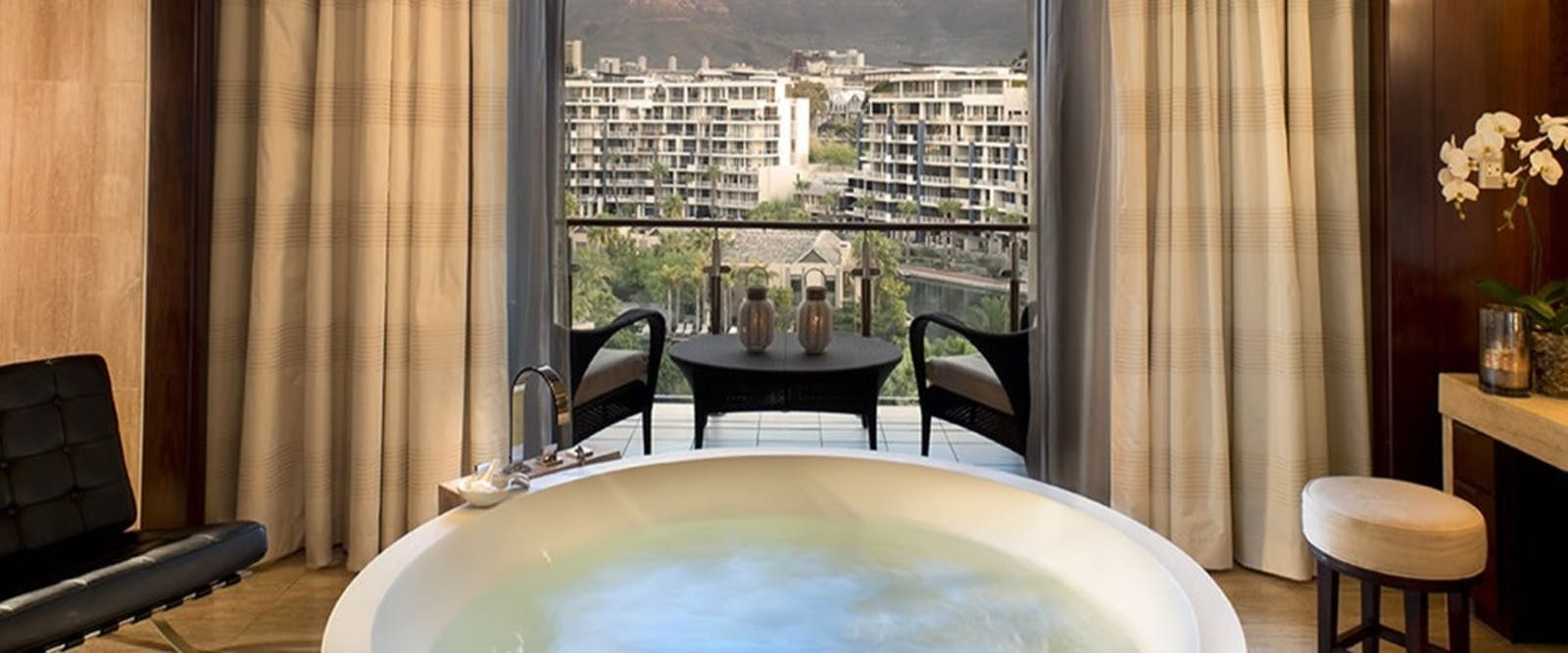 Table Mountain Suite Bathroom at One & Only Cape Town, South Africa