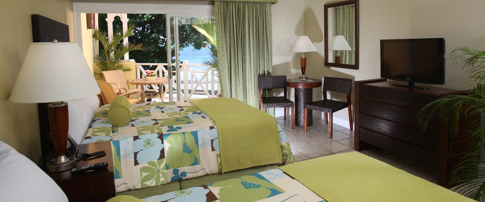 Twin room at Magdalena Grand Beach & Golf Resort