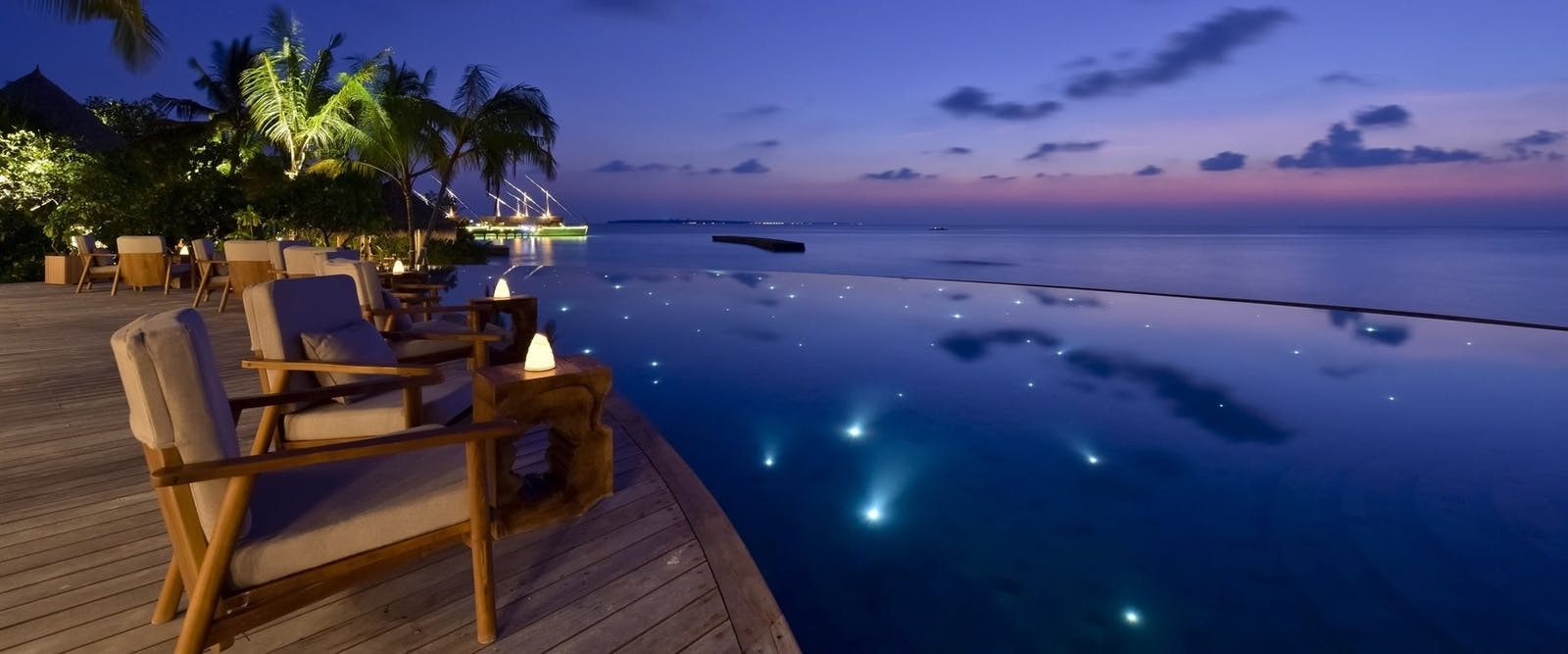 Compass Pool Bar in the evening at Milaidhoo, Maldives, Indian Ocean