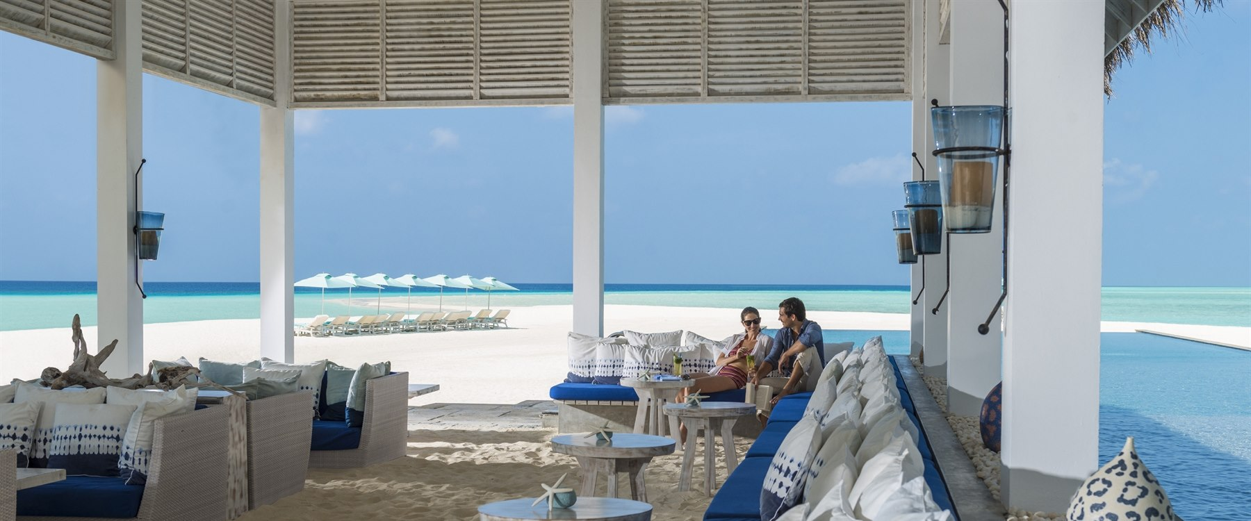 Blu Bar at Four Seasons Resort Maldives at Landaa Giraavaru