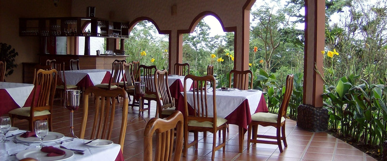 Restaurant at Mountain Paradise Hotel