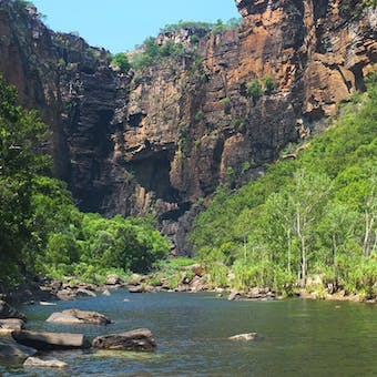 luxury holidays to north territory australia