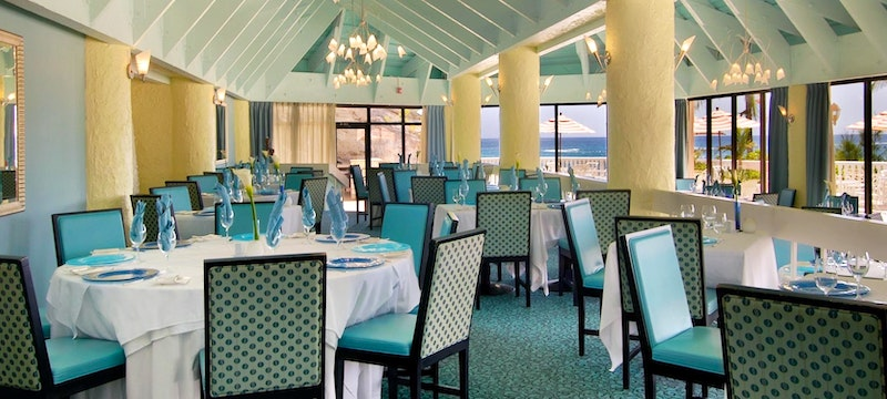 Indulge whilst overlooking the ocean at Fairmont Southampton, Bermuda