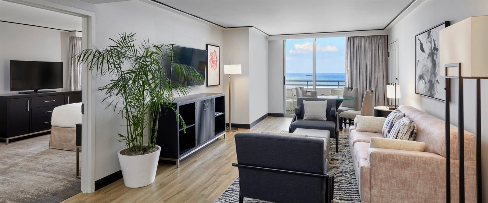 ocean front king suite at loews miami beach