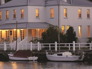 Exterior, Oscars Waterfront Boutique Hotel, Great Ocean Road