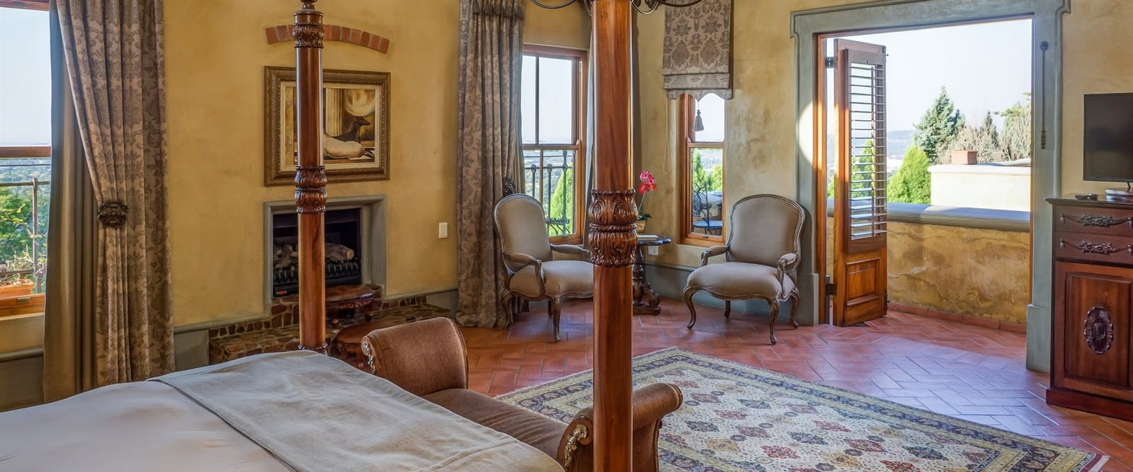 Suite with view to balcony at Castello di Monte, South Africa