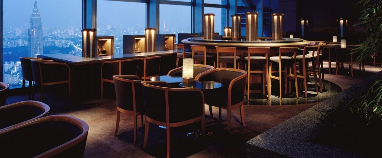 The Peak Bar at Park Hyatt Tokyo, Japan