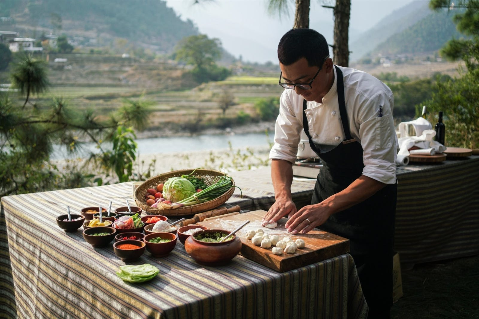 amankora punakha cooking lesson