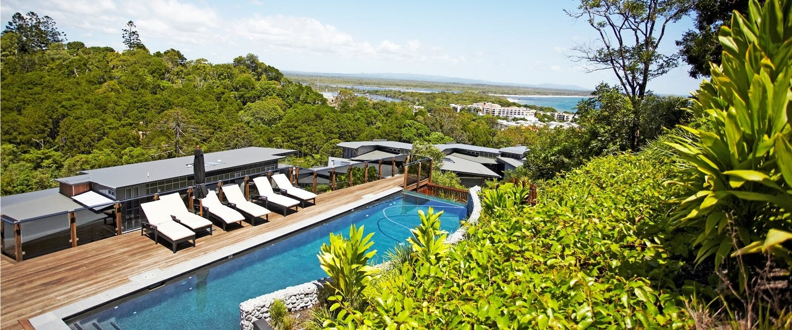 Villa infinity pool, Peppers Noosa Resort and Villas