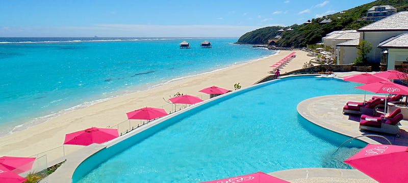 Pool overlooking the ocean at Pink Sands Club