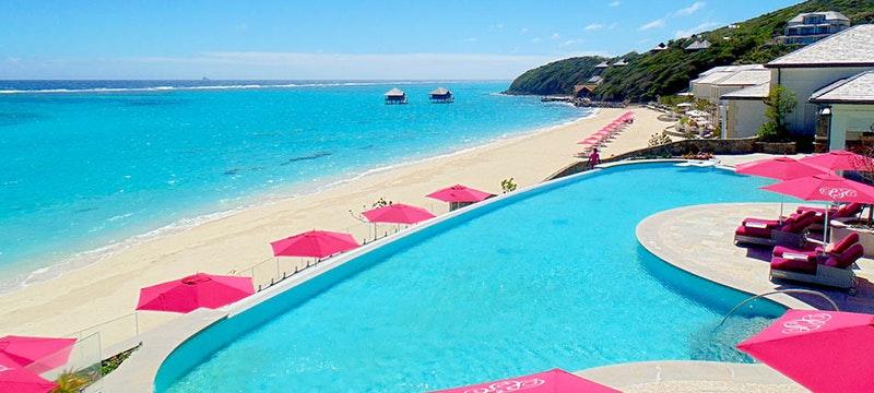 Pool overlooking the ocean at Pink Sands Club
