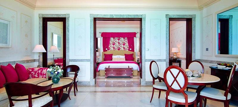 One bedroom suite at Pink Sands Club