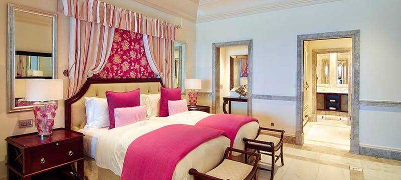 One bedroom suite at Pink Sands Club.