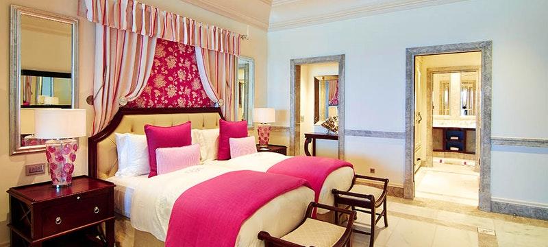 One bedroom suite at Pink Sands Club.