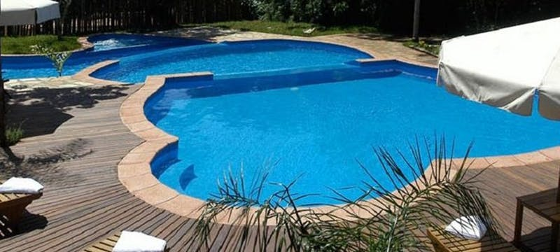 Swimming pool, La Aldea de la Selva Lodge