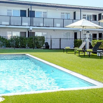 Swimming pool at Regent of Rotorua
