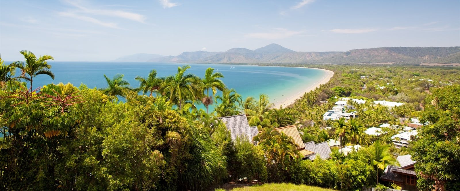 ayers rock to port douglas