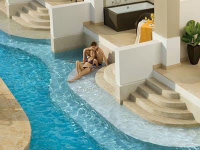 preferred club junior suite swim-out