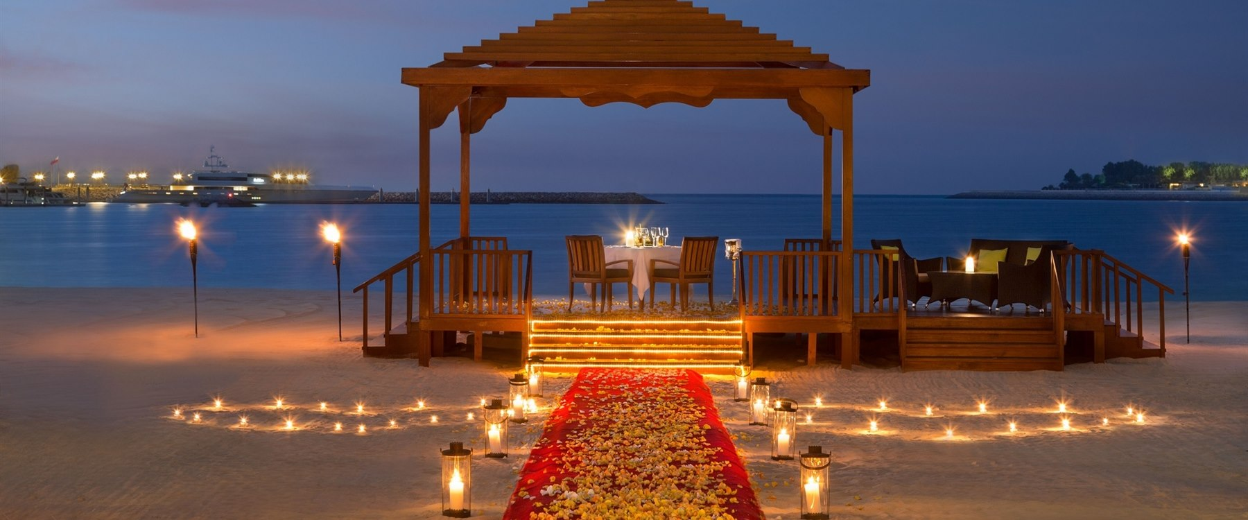 Romantic dining BBQ Al Qasr at Emirates Palace, Abu Dhabi
