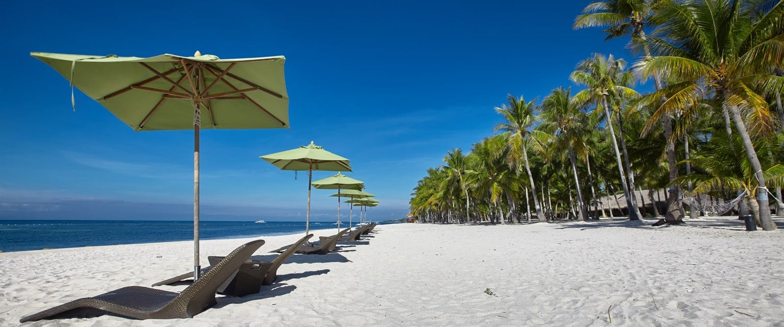 Beachfront area at South Palms Resort, Bohol, Philippenes