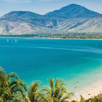luxury holidays to queensland australia