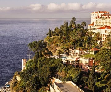 Escape to a luxury Portuguese hideaway overlooking the Atlantic ocean <place>Reid's Palace, A Belmond Hotel, Madeira</place><fomo>30</fomo>