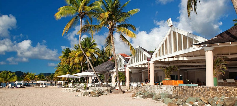 Beach front dining at Rendezvous, St Lucia