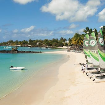 Overview of Royal Palm Beachcomber Luxury, Mauritius