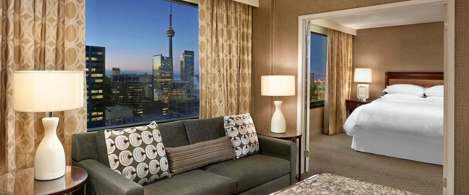 Deluxe Self Contained Suite At Sheraton Centre Toronto Hotel