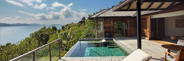 Infinity pool at six senses zil pasyon seychelles