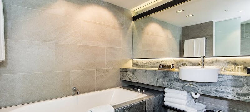 Guest bathroom at SkyCity Grand Hotel, Auckland