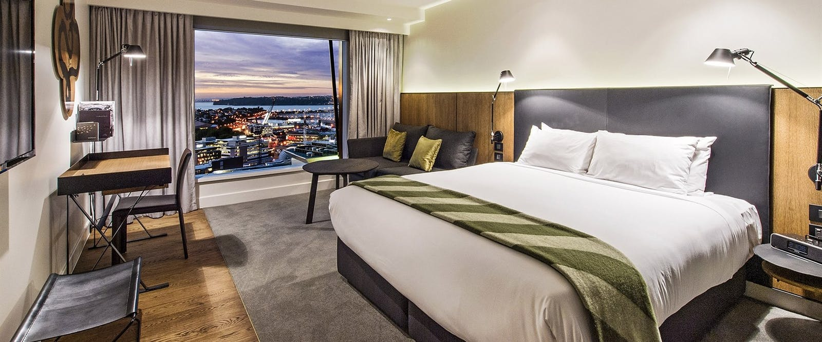 Bedroom in SkyCity Grand Hotel, Auckland