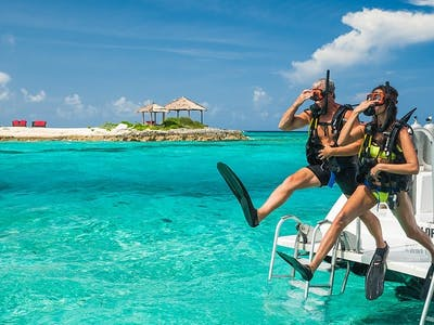 Top 10 things we love about The Bahamas!